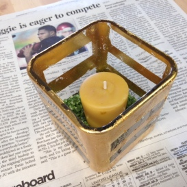 student candle 2