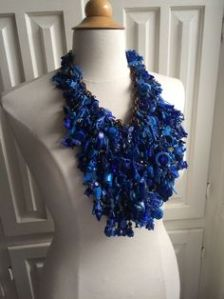 robn-big-blue-cluster-neck